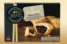 6 Luxury Mince Pies  by Holly Lane at Aldi