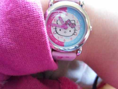 Girl's Hello Kitty Watch & Giveaway