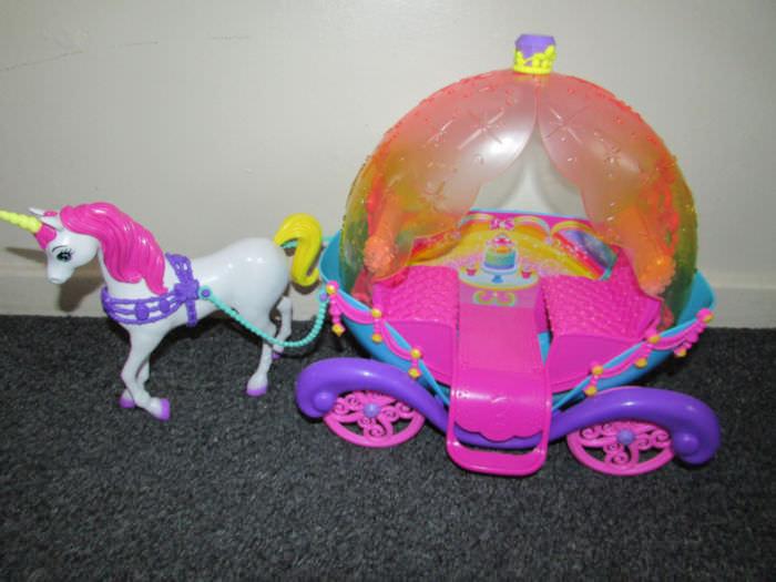 Barbie Dreamtopia  Horse & Carriage, Rainbow Cove Light Show Princess and New App