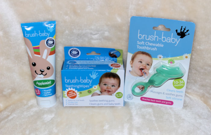 brush-baby tooth care