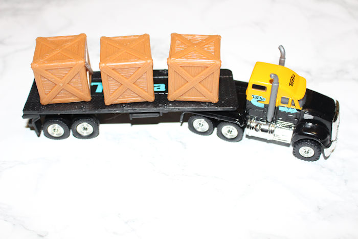 Tonka Toys Flatbed Crate Truck