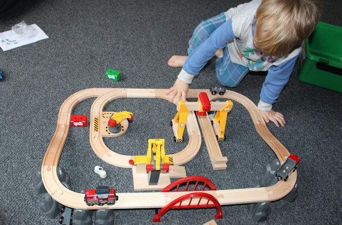 Brio Cargo Railway Duluxe Set Track