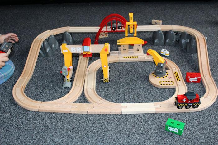 Brio Cargo Railway Duluxe Set