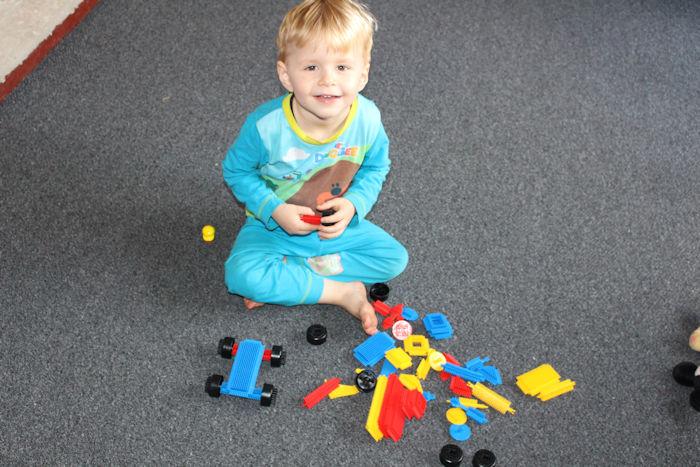more playing with Fun Bricks